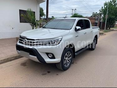 Toyota Hilux 2.8 4x4 SRX TDi DC Aut usado (2016) color Blanco precio $1.850.000