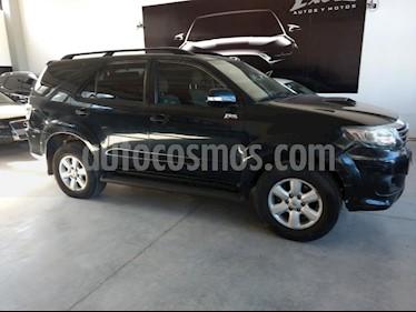 Toyota Hilux 3.0 4x2 SRV TDi DC Cuero usado (2012) color Negro precio $1.815.000