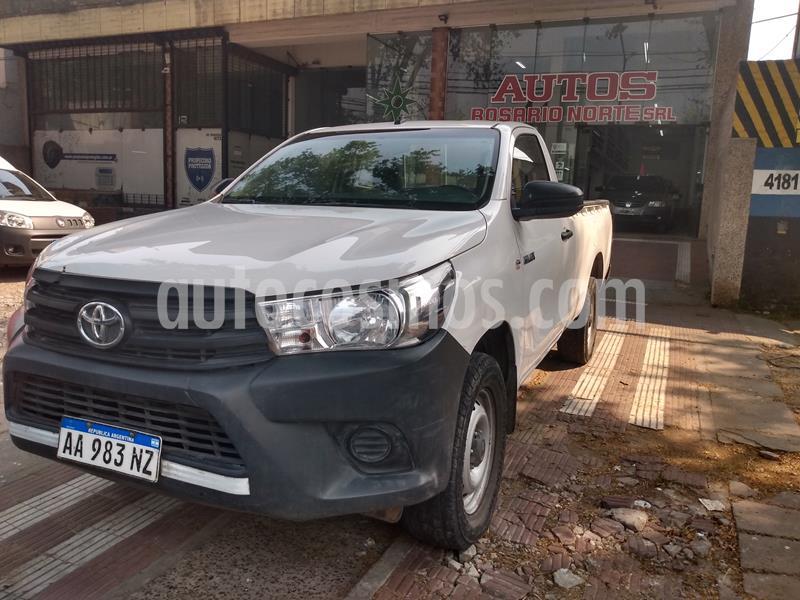 Toyota Hilux 2.4 4x4 DX TDi SC usado (2016) color Blanco precio $1.980.000