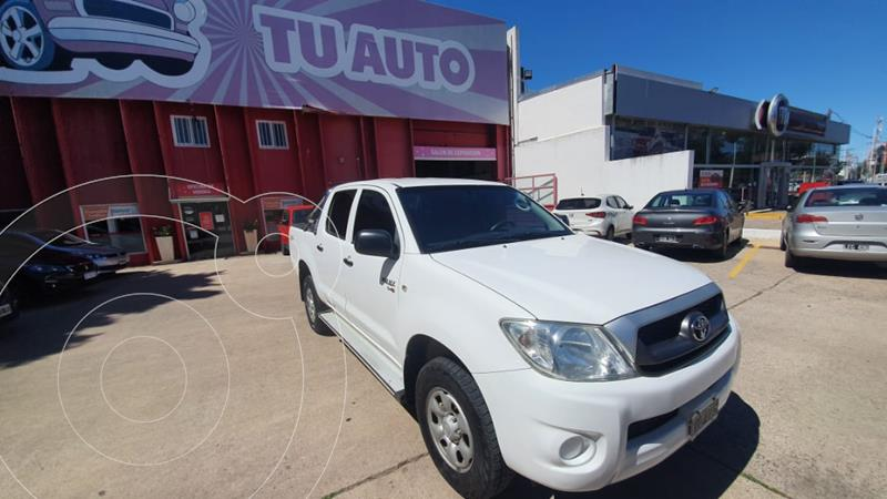 Toyota Hilux 2.5 4x2 DX DC usado (2009) color Blanco precio $1.380.000