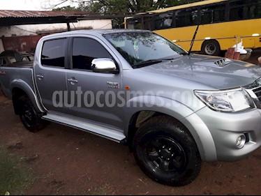 Toyota Hilux 3.0 4x4 SR TDi DC usado (2015) color Plata Metalico precio $1.150.000