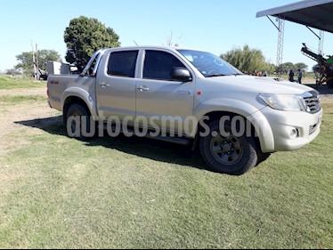 Toyota Hilux 3.0 4x4 SRV TDi DC usado (2014) color Gris precio $1.670.000