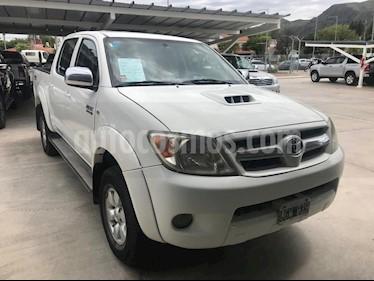 Toyota Hilux 3.0 4x2 SRV TDi DC usado (2007) color Blanco precio $735.000