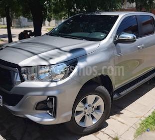 Toyota Hilux 2.4 4x2 SR TDi DC usado (2019) color Plata Metalico precio $1.880.000