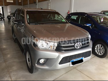Toyota Hilux - usado (2017) color Gris precio $1.490.000