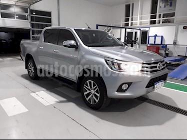 Toyota Hilux 2.8 4x4 SRV TDi DC usado (2016) color Gris Claro precio $1.869.000