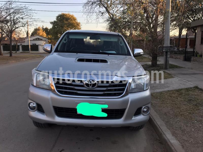 Toyota Hilux 3.0 4x4 SRV TDi DC usado (2014) color Gris Claro precio $1.900.000