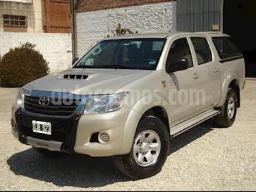 Foto Toyota Hilux 3.0 4x2 SR TDi DC usado (2014) color Beige precio $700.000