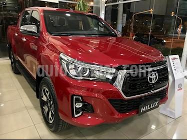 Toyota Hilux 2.8 4x2 SRX TDi DC Aut nuevo color Rojo precio $2.514.900
