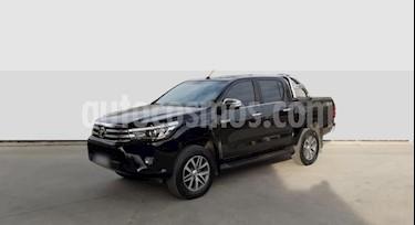 Toyota Hilux 2.8 4x4 SRX TDi DC Aut usado (2016) color Negro precio $2.450.000