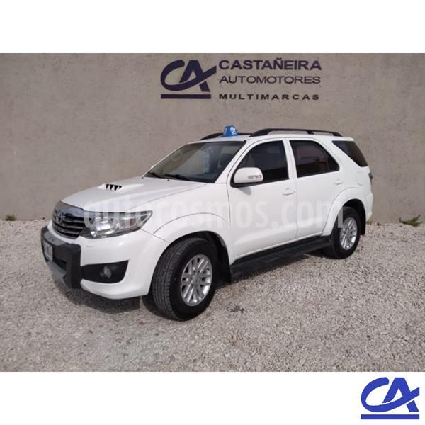Toyota Hilux 3.0 4x2 SRV TDi DC Cuero usado (2013) color Blanco precio $3.120.000