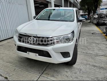 Foto Toyota Hilux Cabina Doble Base usado (2016) color Blanco precio $265,000
