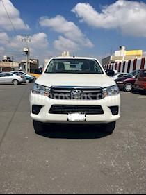Toyota Hilux Cabina Doble Base usado (2019) color Blanco precio $315,000