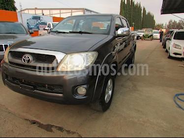 Foto venta Auto usado Toyota Hilux Cabina Doble SR (2009) color Gris precio $179,000
