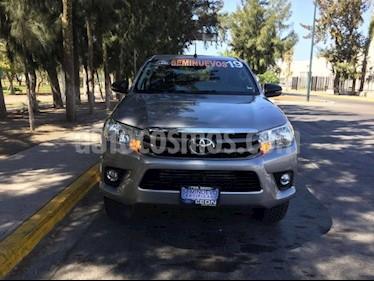Foto venta Auto usado Toyota Hilux Cabina Doble SR (2019) color Plata precio $328,000