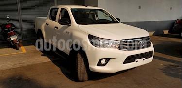 Foto venta Auto usado Toyota Hilux Cabina Doble SR (2019) color Blanco precio $379,900