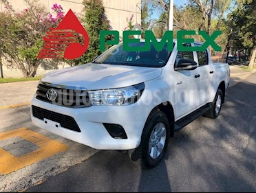 Foto venta Auto usado Toyota Hilux Cabina Doble (2017) color Blanco precio $135,000