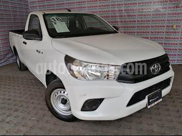 Toyota Hilux Cabina Sencilla Ac usado (2018) color Blanco precio $268,000