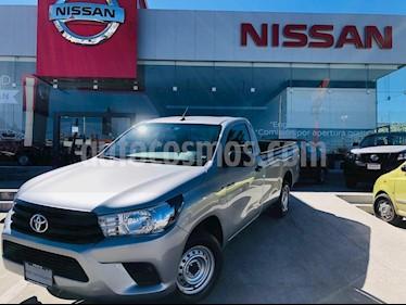 Foto venta Auto usado Toyota Hilux Cabina Sencilla (2018) color Plata precio $285,000