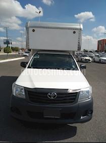 Toyota Hilux Chasis Cabina usado (2014) color Blanco precio $249,500