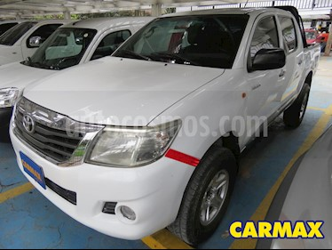 foto Toyota Hilux 2.5L 4x4 DC Diesel  usado (2014) color Blanco precio $76.900.000