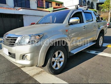 Toyota Hilux CS Pick-up 4x2  usado (2014) color Gris precio u$s8.000