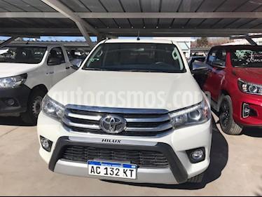 Foto venta Auto usado Toyota Hilux DLX 2.8 D/C  4x4 A/A - D/H (2017) color Blanco precio $1.300.000