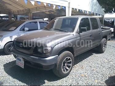 Foto venta Carro usado Toyota Hilux DobCab4x2STDPart (2004) color Gris precio $27.500.000