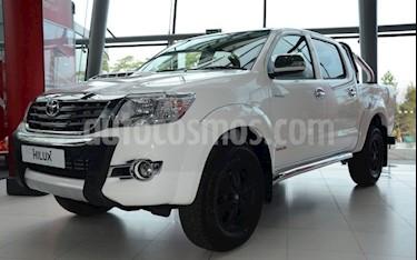 Toyota Hilux Doble Cabina 2.7L 4x4 usado (2019) color Blanco precio BoF550.000.000