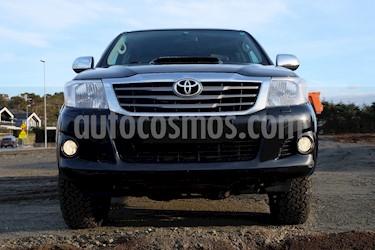 Toyota Hilux 4x4 CD usado (2012) color Negro precio u$s5.400