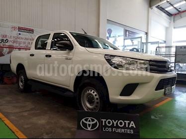 Toyota Hilux Cabina Doble Base usado (2016) color Blanco precio $279,000