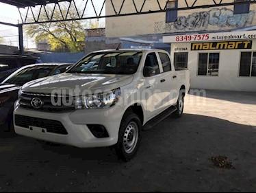 Toyota Hilux Cabina Doble Base usado (2016) color Blanco precio $284,000