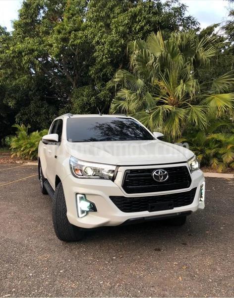 Toyota Hilux Cabina Doble Diesel 4X4 Aut usado (2018) color Blanco precio $310,000