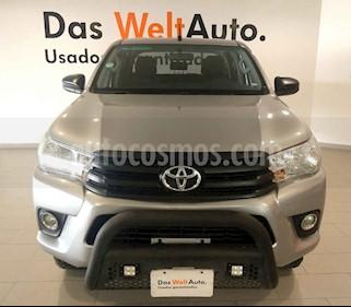 Foto Toyota Hilux Cabina Doble Diesel 4X4 usado (2018) color Plata precio $385,000
