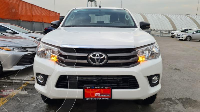 Toyota Hilux Cabina Doble SR usado (2020) color Blanco precio $399,000