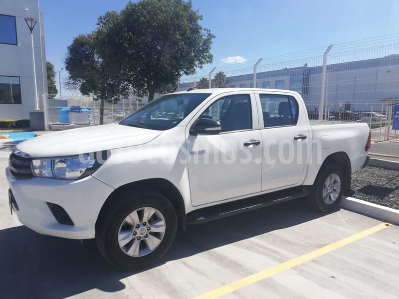 Toyota Hilux Cabina Doble SR usado (2017) color Blanco precio $270,000