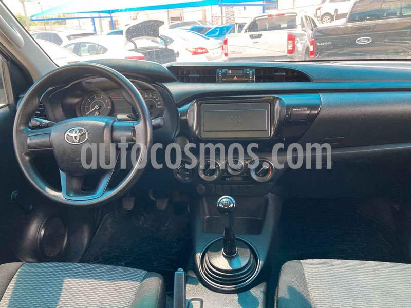 Toyota Hilux Cabina Doble Diesel 4X4 usado (2019) color Blanco precio $339,000