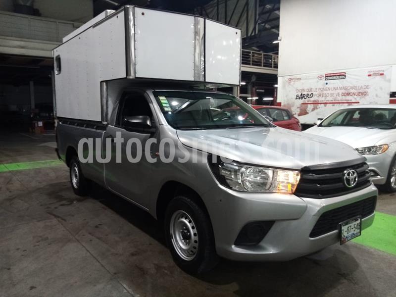 Toyota Hilux Cabina Sencilla usado (2017) color Gris precio $275,000
