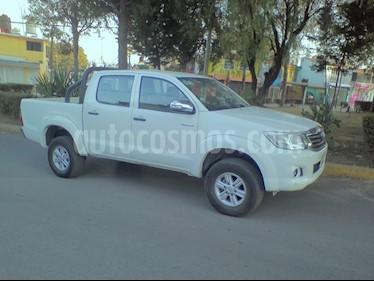 Toyota Hilux Cabina Doble SR usado (2014) color Blanco precio $225,000