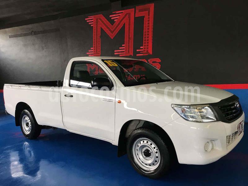 Toyota Hilux Cabina Sencilla usado (2015) color Blanco precio $209,000