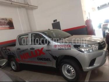 Toyota Hilux 4P DOBLE CAB TD TM6 A/AC RA-17 4X4 usado (2019) color Plata precio $415,000
