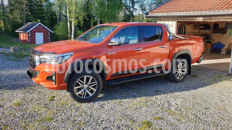 Toyota Hilux Doble Cabina Pickup 4x4 L4,2.4,8v S 1 3 usado (2018) color Rojo precio u$s13,000