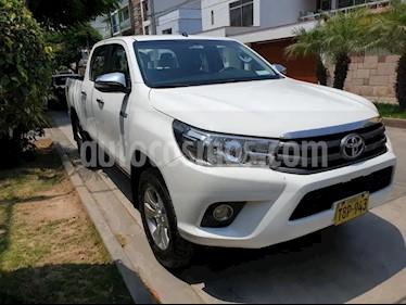 Toyota Hilux 4x4 C-S Diesel usado (2018) color Blanco precio $5,300
