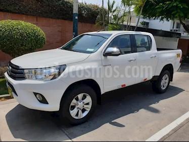 Toyota Hilux 4x4 C-S Diesel usado (2017) color Blanco precio $5,300