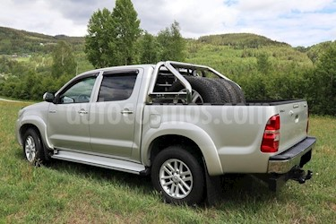 Toyota Hilux 3.0L TDi 4x4 C-D usado (2014) color Gris Oscuro precio u$s5,000