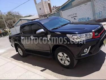 Toyota Hilux 4x2 C-D Diesel usado (2017) color Negro precio $6,200