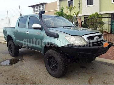 Toyota Hilux Doble Cabina 4x4 usado (2011) color Verde precio u$s11.500