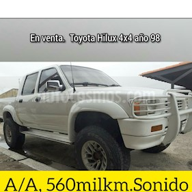 Toyota Hilux Doble Cabina 4x4 usado (1998) color Blanco precio u$s4.000