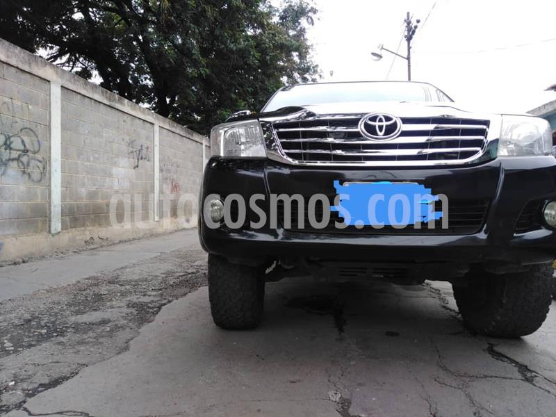 Toyota Hilux Doble Cabina 4.0L 4x4 Aut usado (2012) color Negro precio BoF23.000