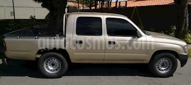 Toyota Hilux Doble Cabina 4x2 usado (2000) color Marron precio BoF4.600